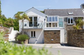 Exterior of Puffin, self catering cottage in Rock, Cornwall