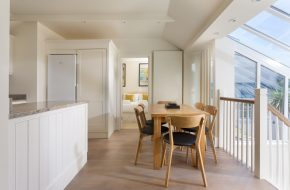 Dining space at Puffin, self catering cottage in Rock, Cornwall