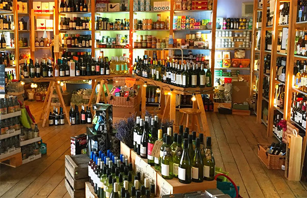 Wadebridge Wines has a huge array of some of the finest local and national wines. Perfect for a dinner time tipple or for entertaining guests in your Cornish holiday cottage.